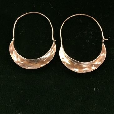 Sculptural hoops