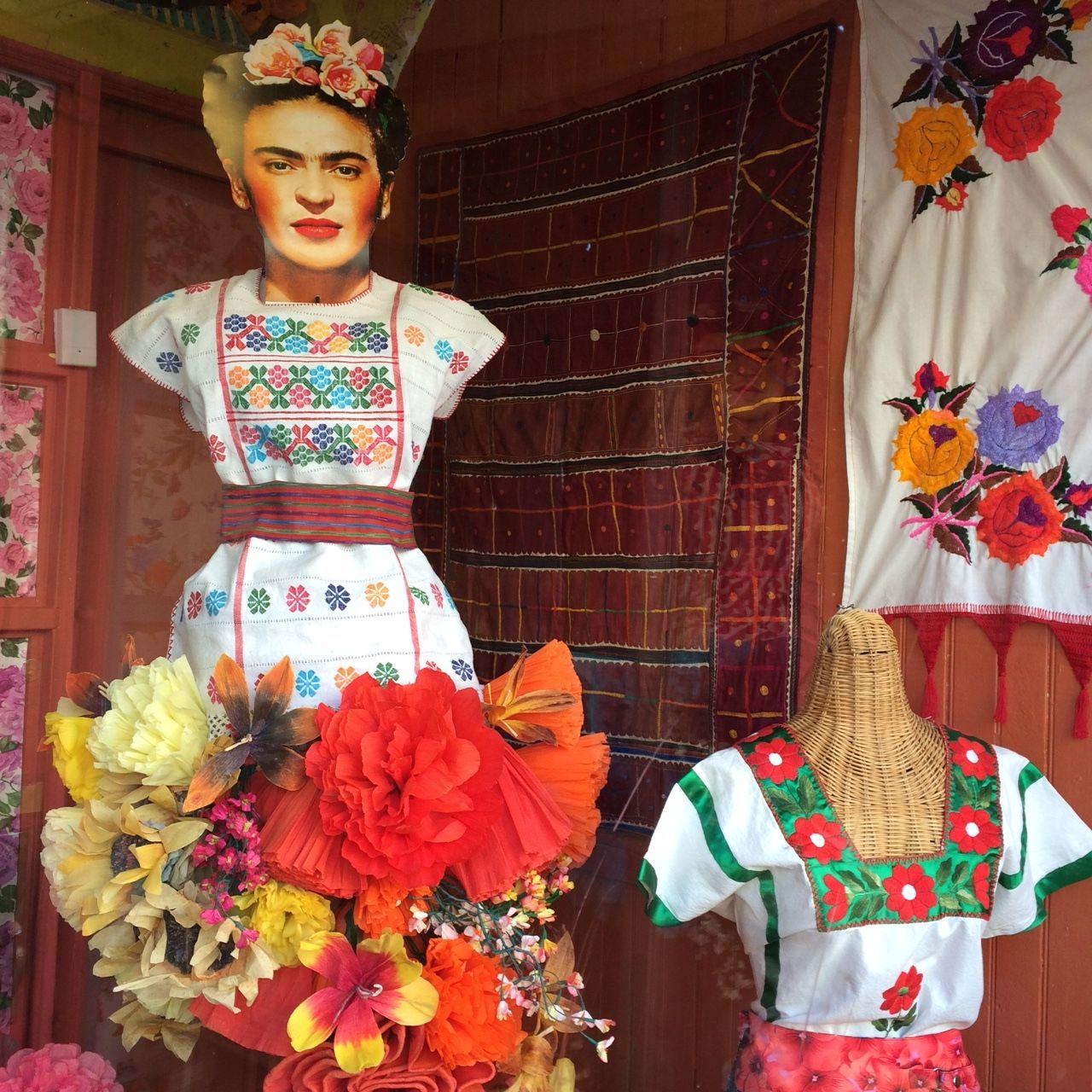 Frida Y Flora