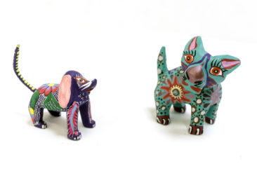 Oaxacan dog, $18, and cat, $26.50. Photo by Jessica Laudicina.