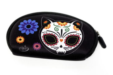 Sugar skull kitty purse, $12. Photo by Jessica Laudicina.
